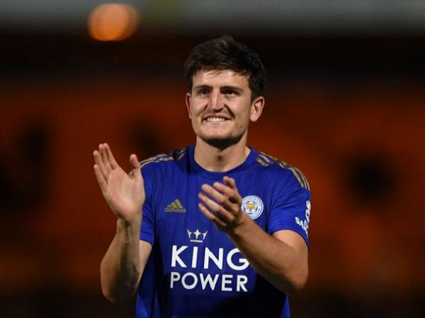 Maguire bỏ tập, Leicester bán gấp cho MU