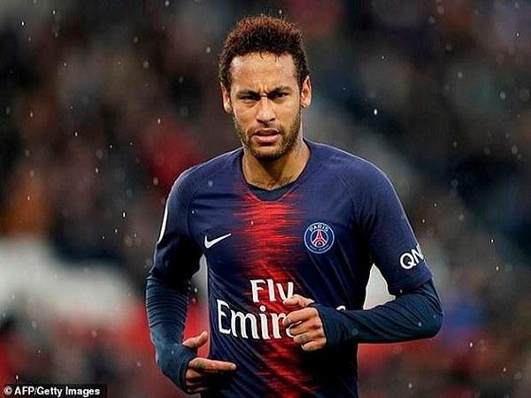 Neymar thoát án cáo buộc hiếp dâm do không đủ chứng