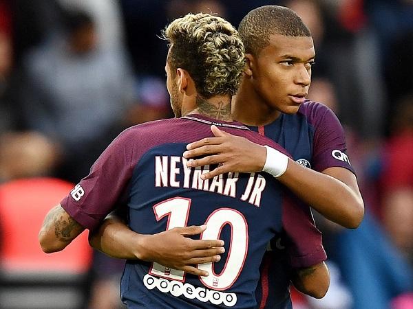 Kylian Mbappe muốn Neymar ở lại PSG