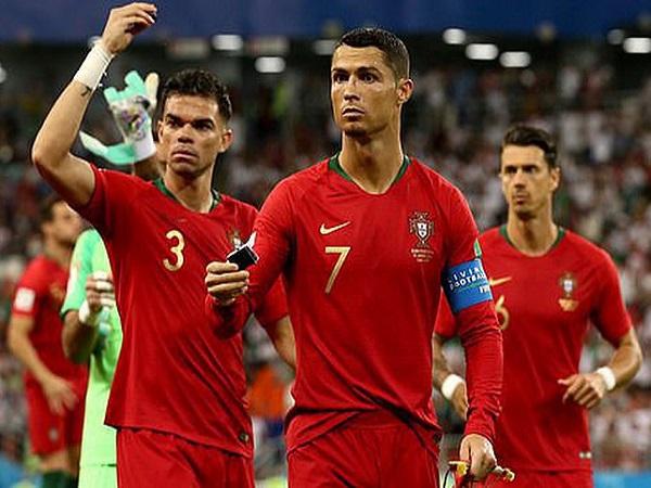 Ronaldo bán biệt thự giá rẻ cho Pepe