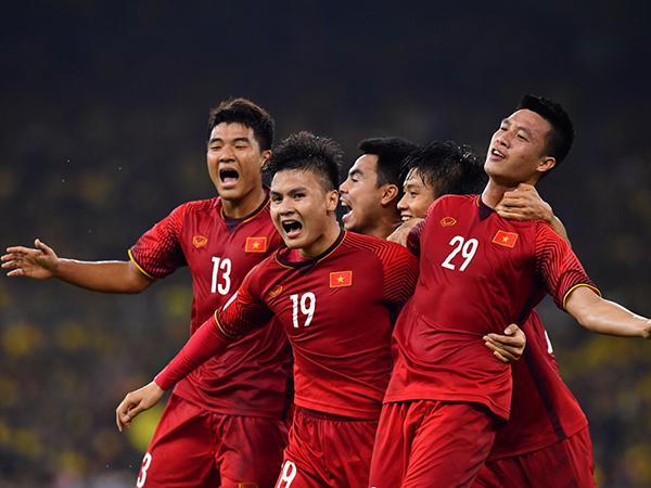 Điểm tin bóng đá Việt Nam 19/9 : Sốt vé trận Việt Nam vs Malaysia