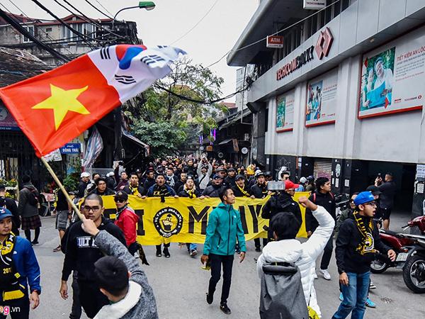 Tin bóng đá Việt Nam 27/9 : VFF khuyến cáo CĐV Malaysia trước trận đấu