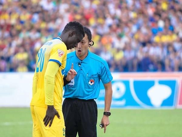 Bóng đá Việt Nam 12/11: HLV Park Hang Seo nhận tin vui từ trọng tài bắt trận đấu với UAE