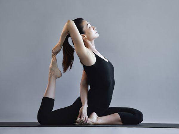 Hướng dẫn cách chọn quần áo tập yoga cho nữ phù hợp nhất