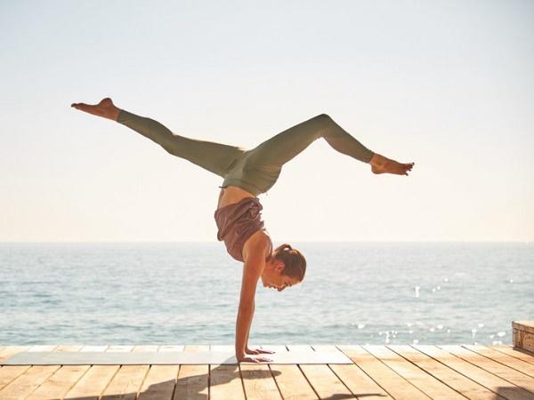 Tập yoga có tác dụng gì? Lợi ích của Yoga đối với sức khỏe và tinh thần