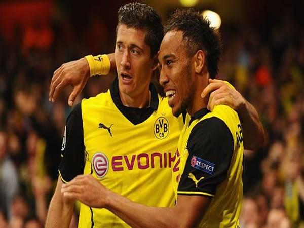 Tiền đạo Dortmund xuất sắc nhất là ai?